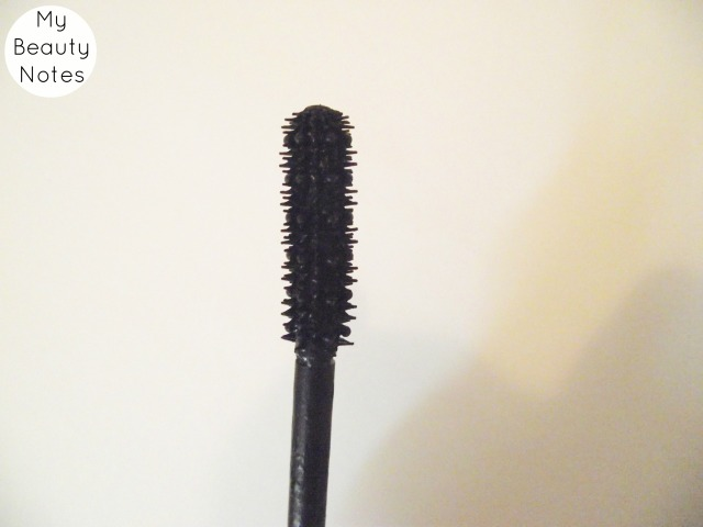 bourjois one seconde mascara waterproof best drugstore mascara best volumising mascara black plastic mascara wand