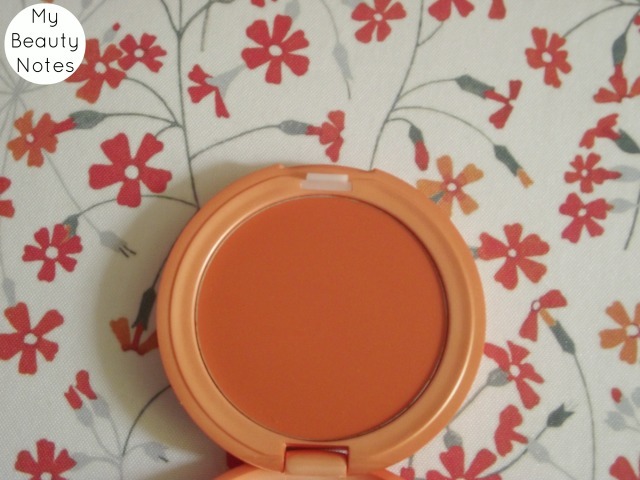Stila Convertible Colour in Gladiola cream blusher orange coral lip and cheek colour best cream blusher peach