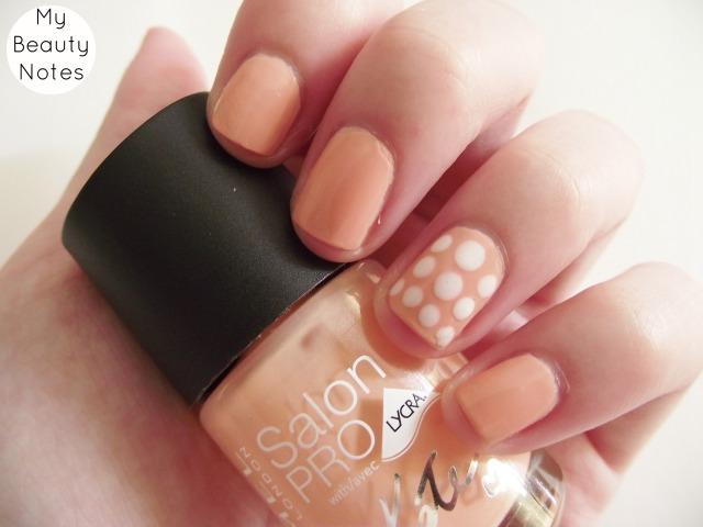 rimmel salon pro goddess kate moss peach nail polish white polka dots nail art spots